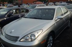 Well maintained grey/silver 2003 Lexus ES sedan for sale