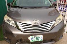 Nigeria Used Toyota Sienna 2011 Model Beige