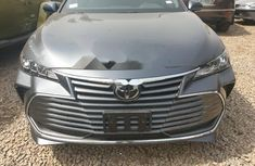 Foreign Used Toyota Avalon 2019 Model Gray