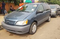 Foreign Used Toyota Sienna 2002 Model Blue