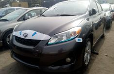Tokunbo Toyota Matrix 2010 Model Gray