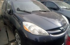 Foreign Used Toyota Sienna 2008 Model Blue