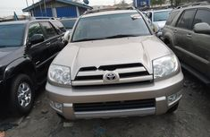Foreign Used Toyota 4-Runner 2000 Model Gold