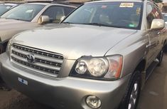 Foreign Used Toyota Highlander 2003 Model Gold