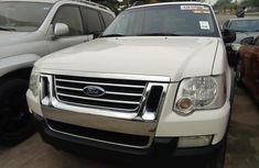 Foreign Used Ford Explorer 2005 Model White