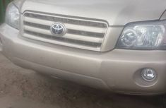 Foreign Used Toyota Highlander 2005 Model Gold for Sale