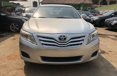 Foreign Used Toyota Camry 2010 Model Silver for Sale