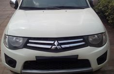 Nigeria Used Mitsubishi L200 2013 Model White