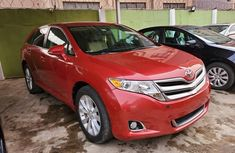 Foreign Used Toyota Venza 2011 Model Red for Sale