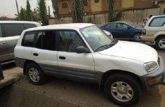 Nigeria Used Toyota RAV4 2000 Model White