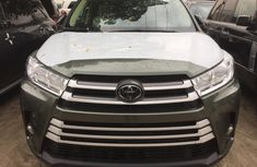 Foreign Used Toyota Highlander 2019 Model Green  for Sale