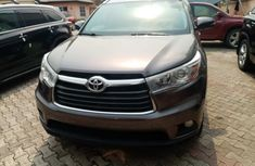 Foreign Used Toyota Highlander 2015 Model Gray for Sale