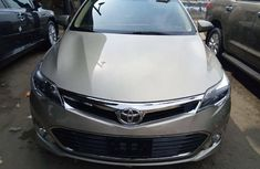 Foreign Used Toyota Avalon 2013 Model Gold