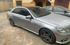 Foreign Used Mercedes-Benz E550 2010 Model Silver
