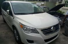 Foreign Used Volkswagen Routan 2012 Model White
