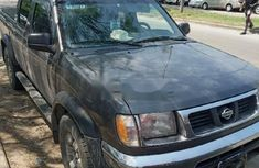 Foreign Used Nissan Frontier 2000 Model Gray