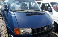 Tokunbo Volkswagen Transporter 2002 Model Blue