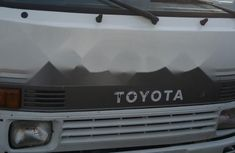 Foreign Used Toyota Dyna 2000 Model White