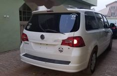 Foreign Used Volkswagen Routan 2009 Model White