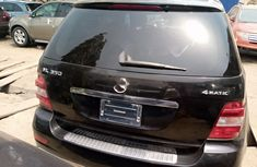 Foreign Used 2009 Black Mercedes-Benz ML350 for sale in Lagos.