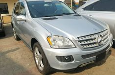 Foreign Used Mercedes-Benz ML350 2008 Model Silver