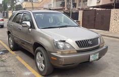 Nigeria Used Lexus RX 2000 Model Gold