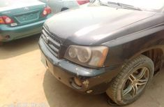 Neatly used 2004 Toyota Highlander