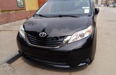 Foreign Used Toyota Sienna 2012 Model Black