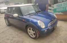 Foreign Used Mini Mini 2003 Model Blue