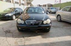 Tokunbo Mercedes-Benz C240 2002 Model Black