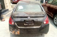 Locally Used Nissan Maxima 2004 Model