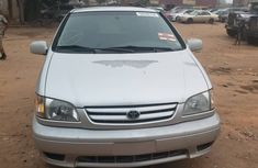 Very Clean Foreign used Toyota Sienna 2002 Model