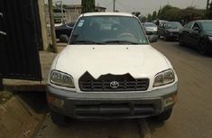 Nigeria Used Toyota RAV4 2000 Model White