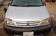 Nigeria Used Toyota Sienna V6 1998 Model Blue