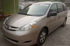 Direct Tokunbo Toyota Sienna 2006  Model