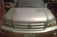 Very clean Toyota Hghlander 2003 first body Nigerian Used