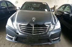 Foreign Used Mercedes-Benz E350 2013 Model Blue
