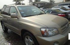 Nigeria Used Toyota Highlander 2005 Model Gold
