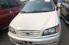 Foreign Used Toyota Picnic 2004 Model