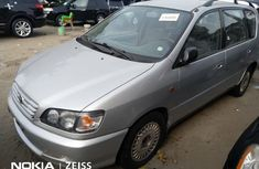 Foreign Used Toyota Picnic 2001 Model Silver