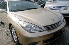 Foreign Used Lexus ES 2002 Model Gold