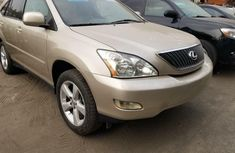 Tokunbo 2005 Lexus RX Automatic Petrol well maintained