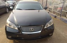 Clean and sound Tokunbo Lexus ES 350