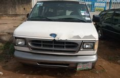 Nigeria Used Ford E-250 2000 Model White