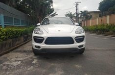 Foreign Used Porsche Cayenne 2012 Model White