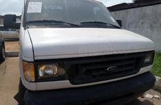 Foreign Used Ford F-250 2004 Model White