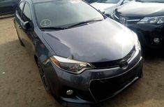 Foreign Used 2015 Dark Grey Toyota Corolla for sale in Lagos