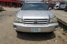 Nigeria Used Toyota Highlander 2003 Model Silver