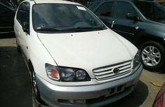 Foreign Used Toyota Picnic 2002 Model White