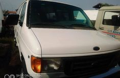Foreign Used Ford E-350 2006 Model White